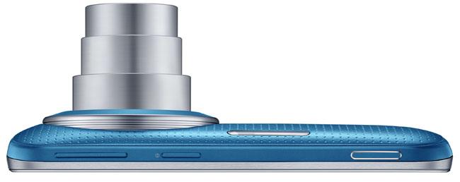Imagen lateral con objetivo abierto del Samsung Galaxy K Zoom