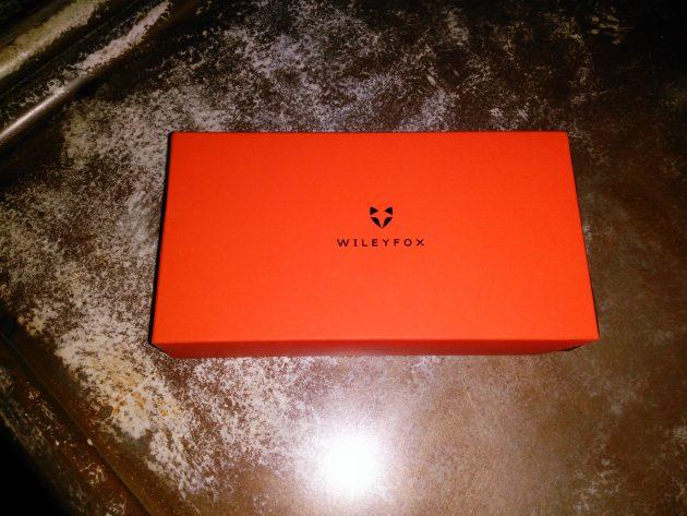 Foto de la caja con el WileyFox Swift