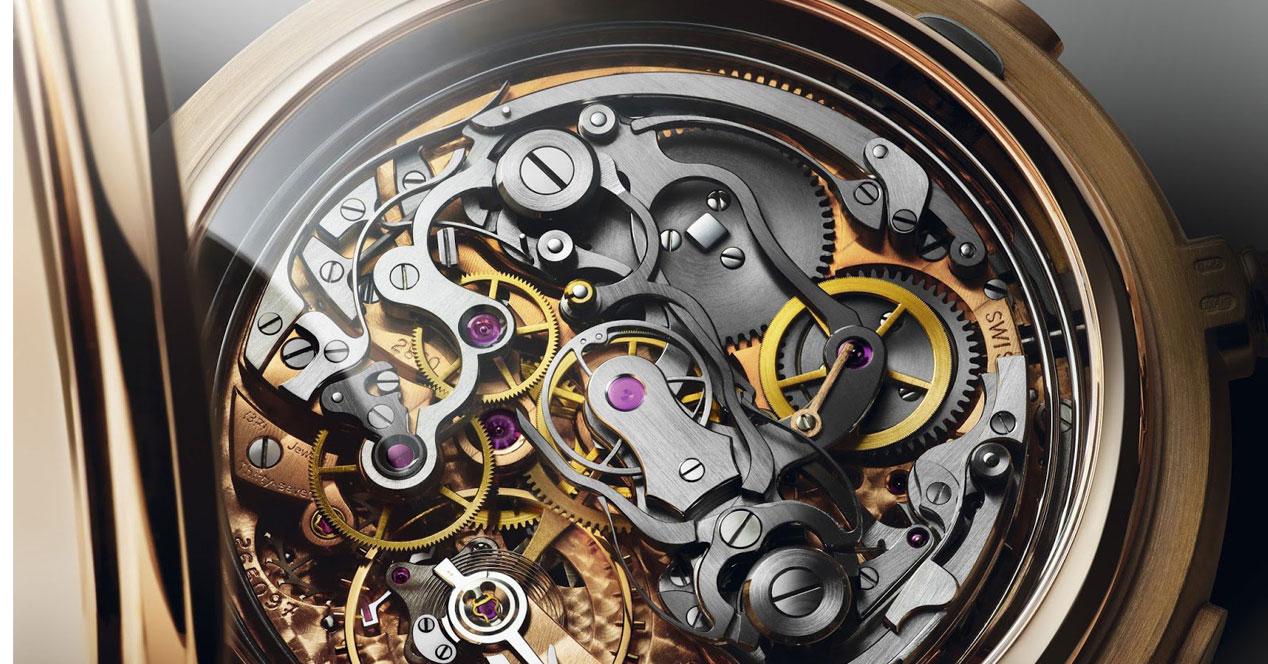 Interior de un reloj mecánico