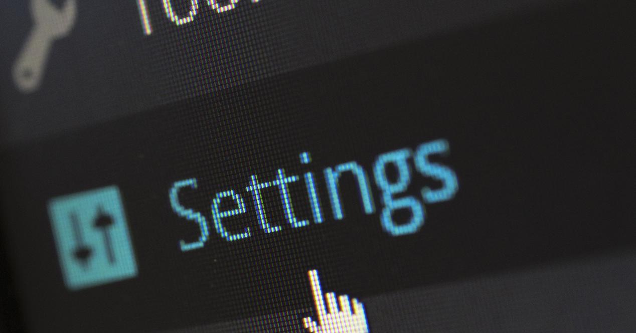 Pantalla de ordenador con opciones de tools y settings