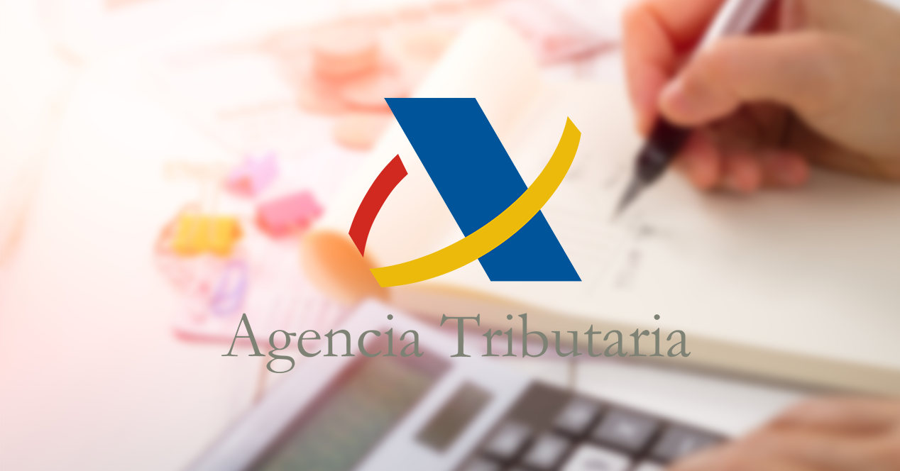 Logo de Agencia Tributaria sobre imagen